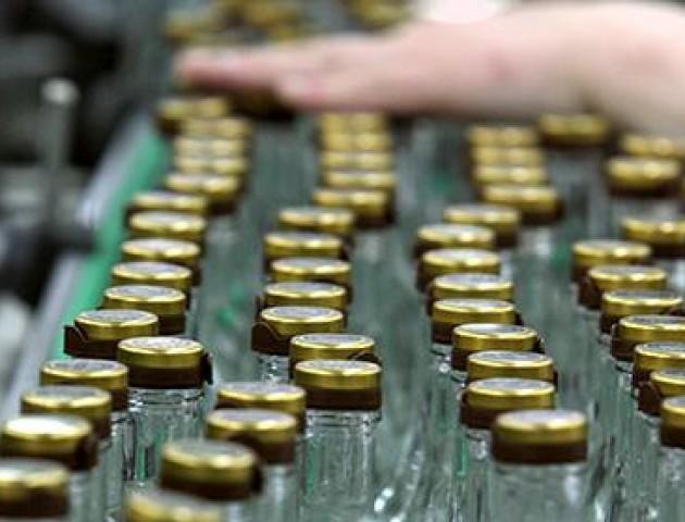 Протягом листопада волинські фіскали виявили 32 порушення у сфері продажу алкоголю та цигарок