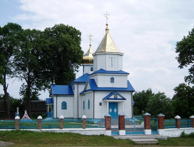 Ще одне волинське село перейшло до нової церкви