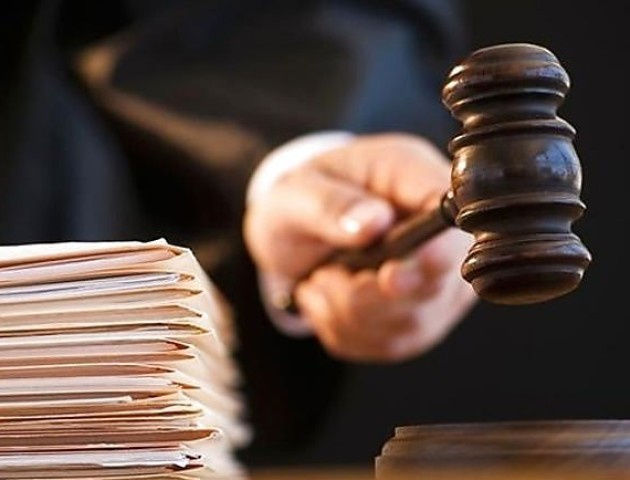 Водія «Аверса» визнали винним у справі проти патрульного