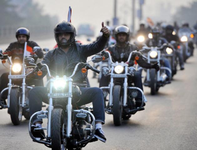 У Луцьку сотні байкерів відкрили мотосезон. ВІДЕО