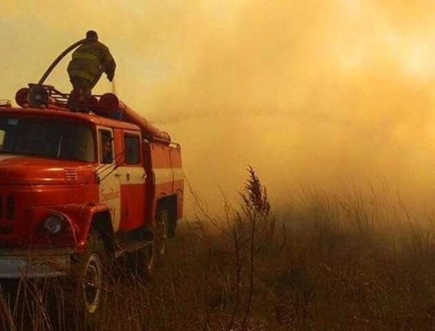 Вогонь в Чорнобилі впритул дістався до найнебезпечніших об'єктів