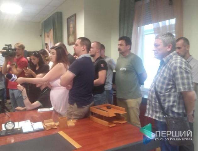 Зіштовхуєте лобами жителів Луцька, - атовці протестують у міськраді