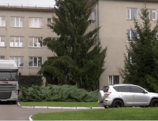 МОЗ не дає дозвіл на «ковідний» госпіталь у Луцькому пологовому