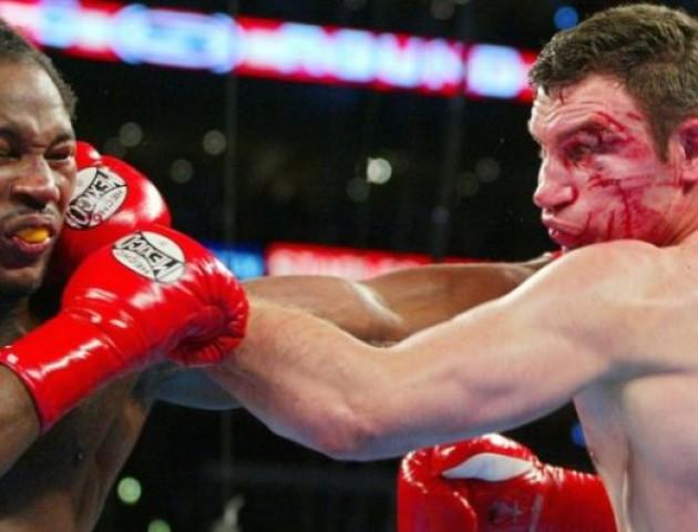 Матч-реванш: Віталій Кличко знову буде битися з Льюїсом
