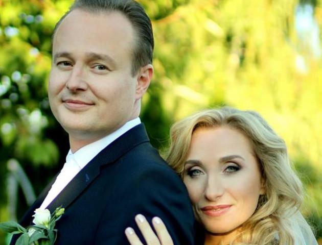Співачка з Волині Оксана Козунь вийшла заміж. ФОТО