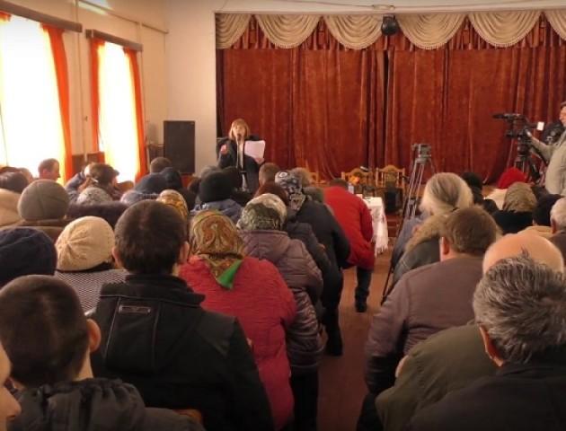 Мешканці села Веселе не хочуть об'єднуватися з Торчином. ВІДЕО