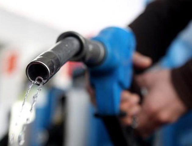 Бензин і дизпаливо продовжують падати в ціні