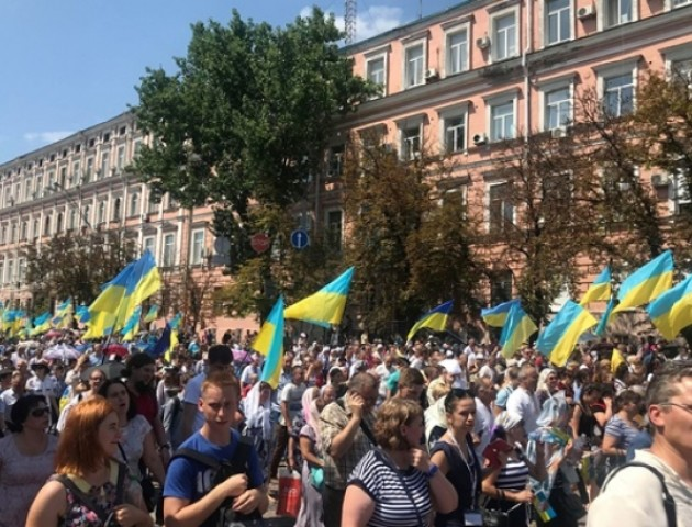 На Хресну ходу в Києві зібралось 65 тисяч осіб