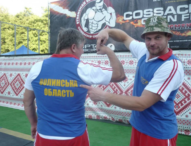 Волинянин переміг у Всеукраїнських змаганнях стронгменів