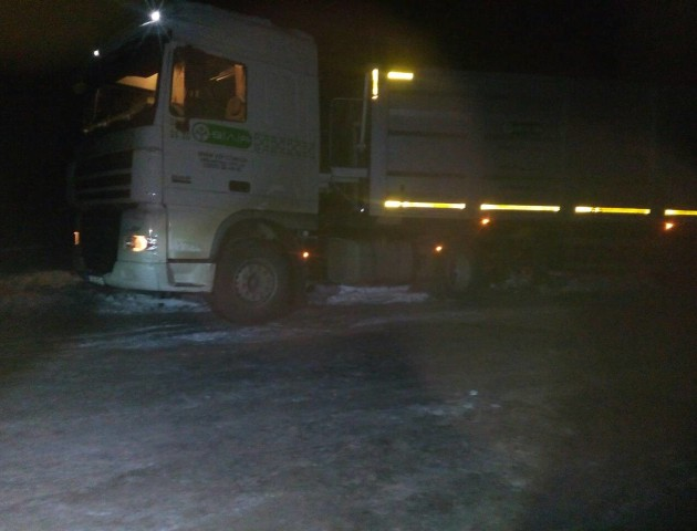 За добу на Волині із снігових заметів витягли 7 автомобілів