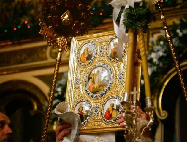 УПЦ МП заборонила причащати волинському священику, який хоче перейти в нову церкву