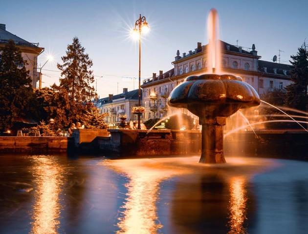Вечірнє місто на неймовірних світлинах луцького фотографа. ФОТО