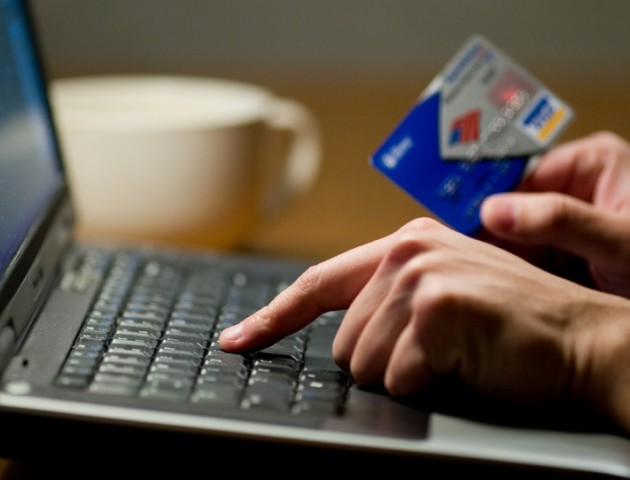 Інтернет-покупки і родичі в біді: на які афери найчастіше ведуться волиняни