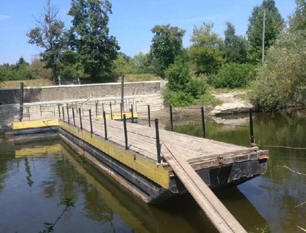 На «Бандерштаті» монтують міст через Стир. Він буде в іншому місці