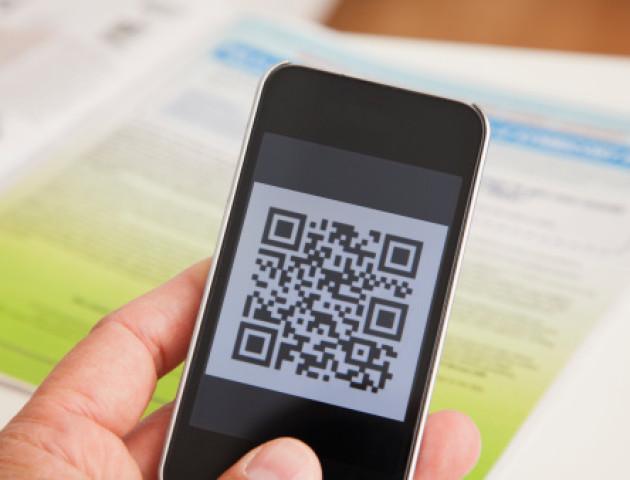 ПриватБанк миттєво підключає торговців до QR-еквайрингу