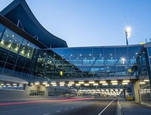 Пасажирам прямих рейсів з Італії будуть міряти температуру в аеропортах Києва