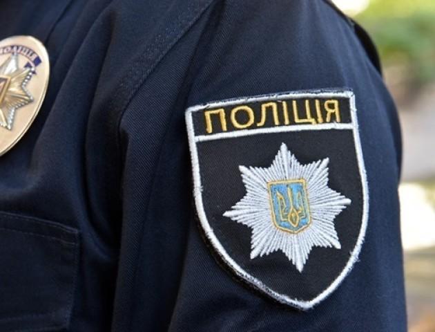 Лучанка каже, що її побили поліцейські на Рівненщині