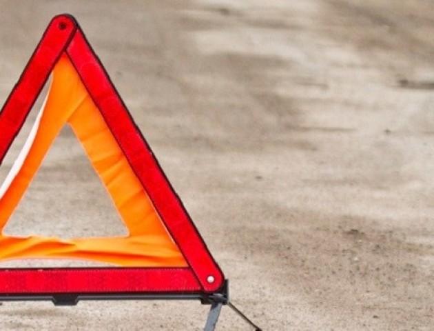 У Луцьку розшукують водія, який втік з місця аварії