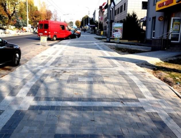 На ремонт вулиці Винниченка у Луцьку витратили 8 мільйонів. ВІДЕО