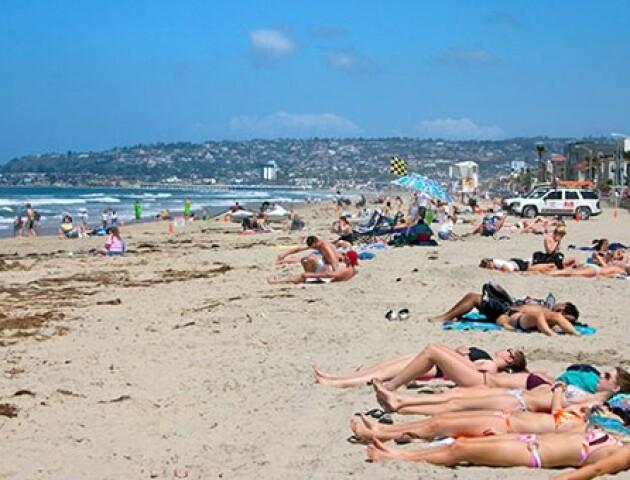 В Україні дозволять відвідувати пляжі та купатися. Перелік правил