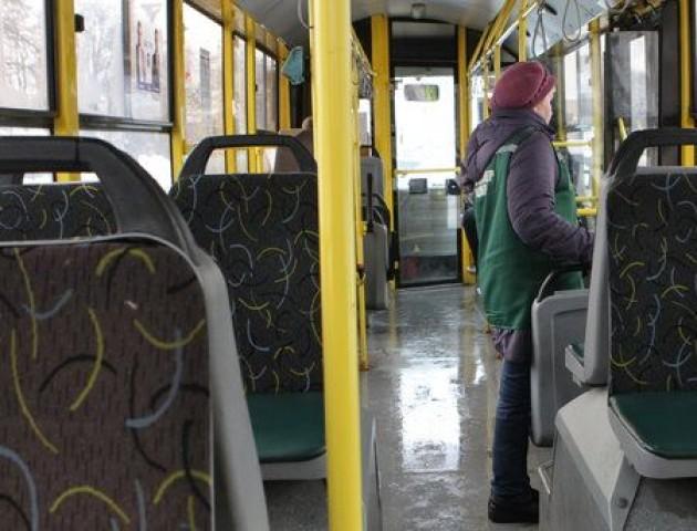 Як  в громадському транспорті не підхопити хворобу