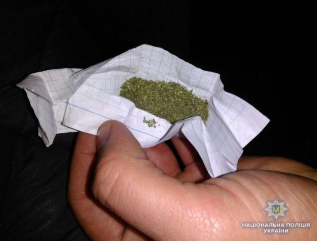 У волинянина поліцейські знайшли марихуану