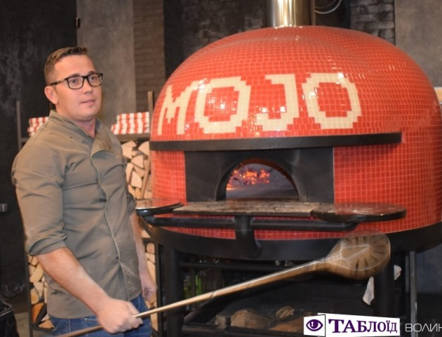 У новому ресторані Луцька готував найкращий піцайоло України та Італії. ФОТО