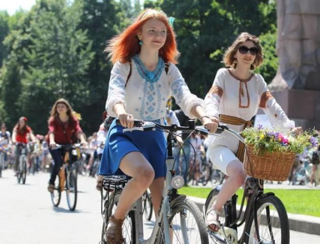 Лучан запрошують на велопробіг у вишиванках