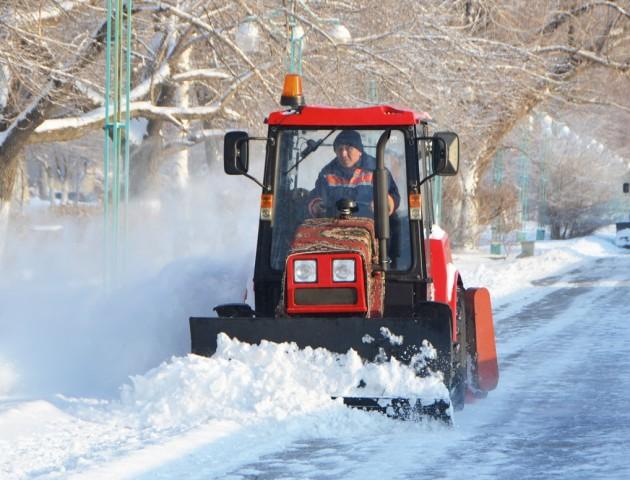 На Волині майже 70 машин чистять і посипають дороги, - Савченко