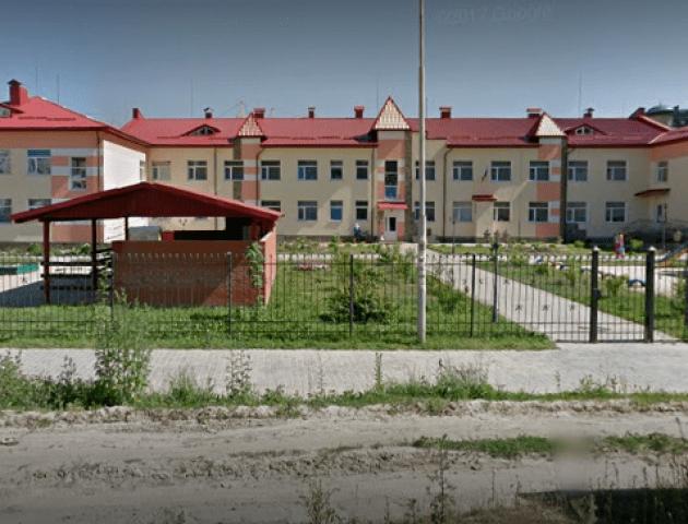 У Луцьку новозбудований садок «тріщить по швах». ФОТО