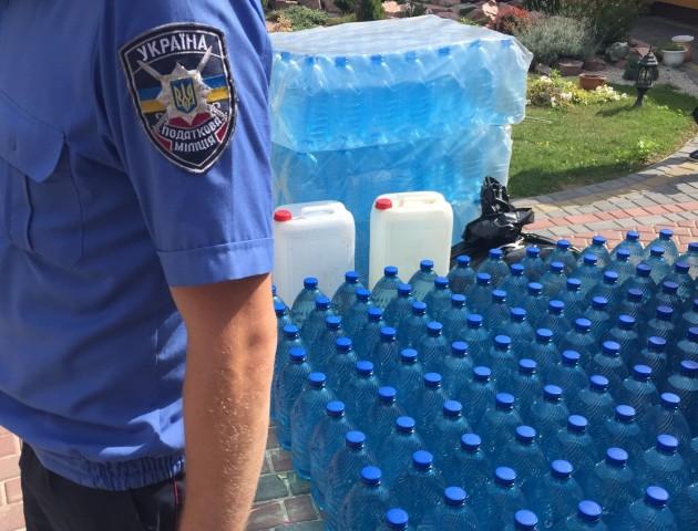 У місті на Волині вилучили близько тонни «незаконного» спирту