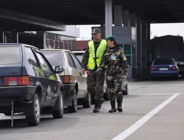Волинські прикордонники перейшли на посилений режим роботи