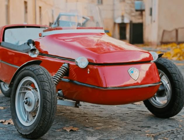Лучанин зробив найменший в Україні автомобіль. ВІДЕО