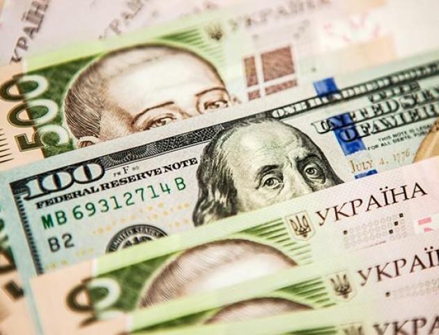 Курс валют на 31 серпня: долар і євро знову суттєво дорожчають