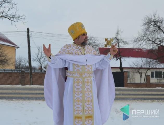 Треба молитися за всіх кандидатів у президенти, - волинський священик