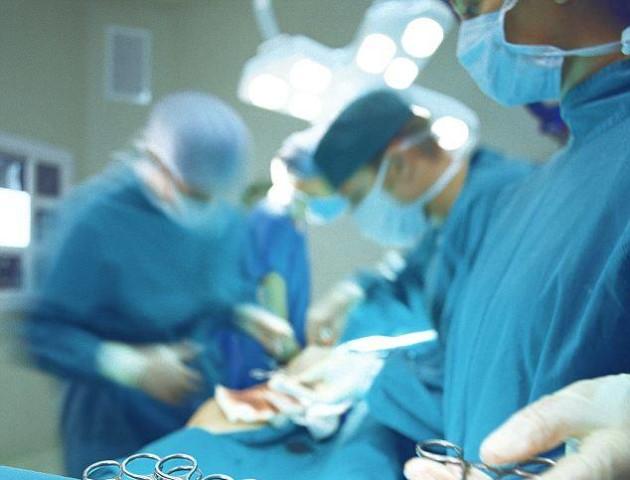 Волинські медики провели унікальну операцію. ФОТО