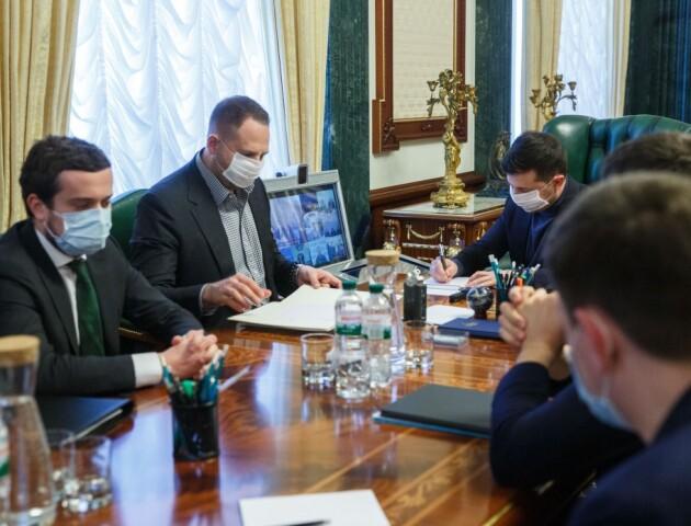 «Україна ще не досягла піку епідемії». В Офісі президента розповіли, чому карантин важливий