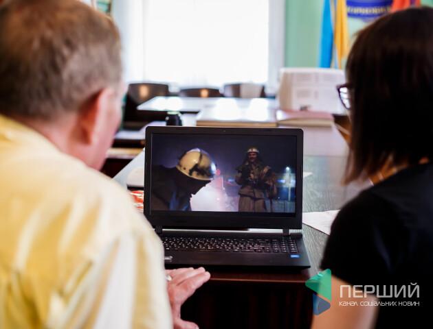 Чому «вибухнув» серіал. Ми подивилися «Чорнобиль» разом із чорнобильцем