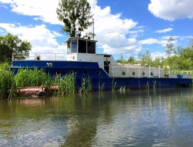 Розчистили частину річки: у Луцьку відновлюють судноплавство. ВІДЕО