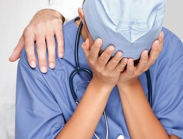 Бо «десь поділи чоловіка». На Вербну неділю в луцькій лікарні побили медсестру