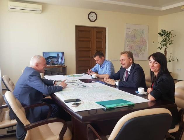 Олександр Савченко зустрівся з Садовим