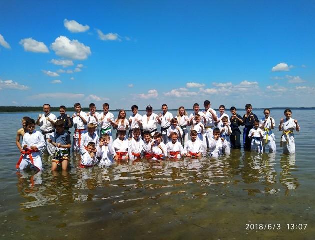 Волинські спортсмени провели учбово-тренувальні збори на озері Світязь