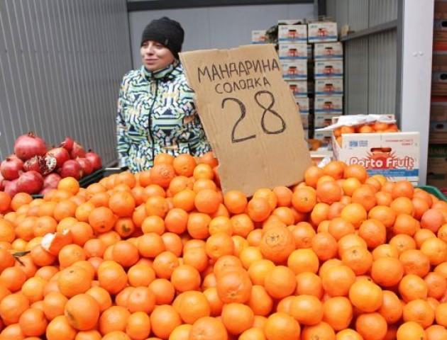 У Луцьку стартував сезон мандаринів: які ціни. ВІДЕО