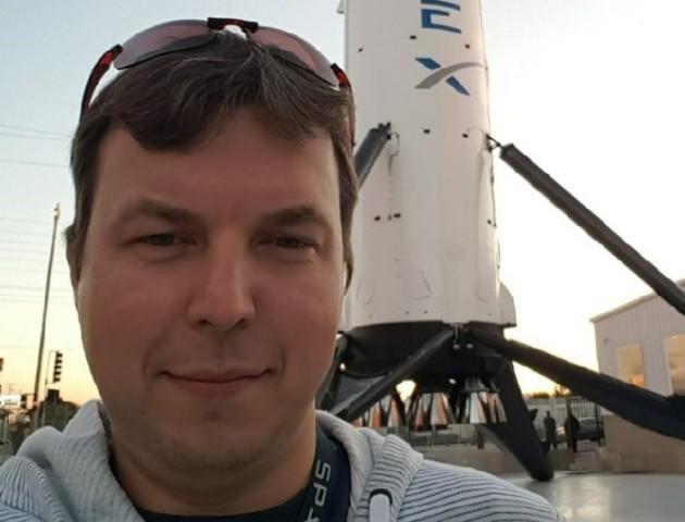 Українець, який запускав Falcon Heavy в космос, розповів про роботу в компанії Ілона Маска
