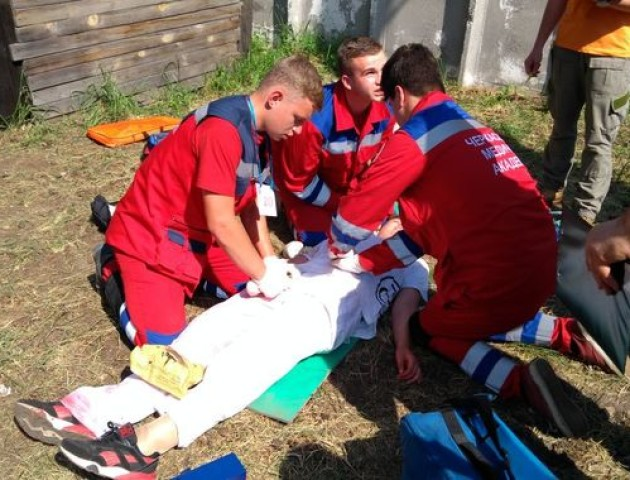 Волинські фельдшери перемогли у всеукраїнському  «медичному ралі». ФОТО.