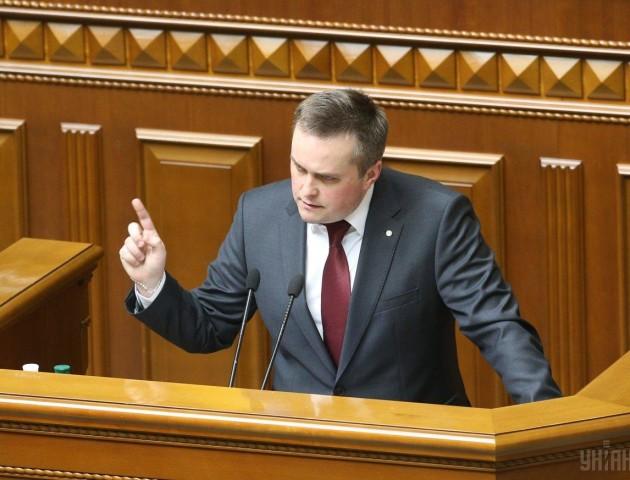 Холодницький осадив депутатів Ради своїми іронічними відповідями. ВІДЕО