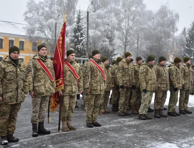 Героїчна 14 ОМБр поповнилася новими кадрами - вояки склали присягу