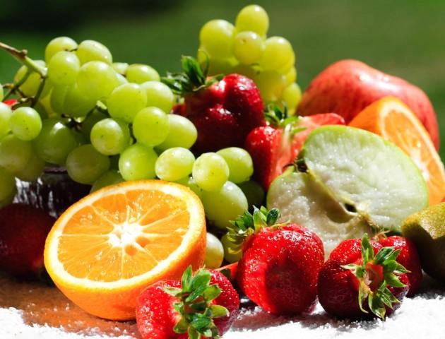 Лікарі назвали один з найкорисніших для серця фруктів