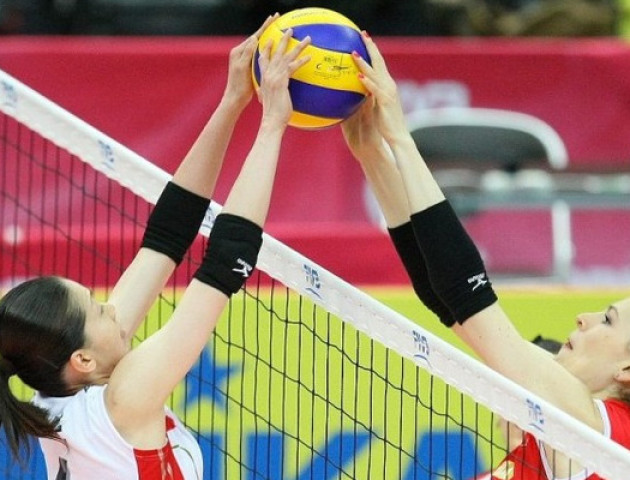 У Луцьку змагаються юні волейболістки. ВІДЕО