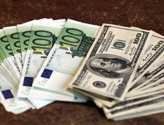 Курс валют на 24 травня: євро падає в ціні, долар подорожчав